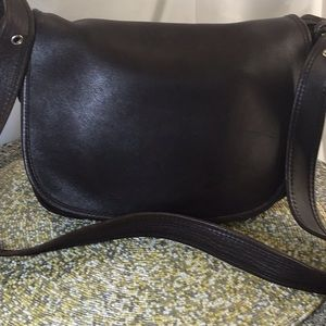 Vintage Chocolate Saddle Bag/3 compartments